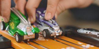 Circuito Hot Wheels Dino Challenge y Hot Wheels Cobra Speed
