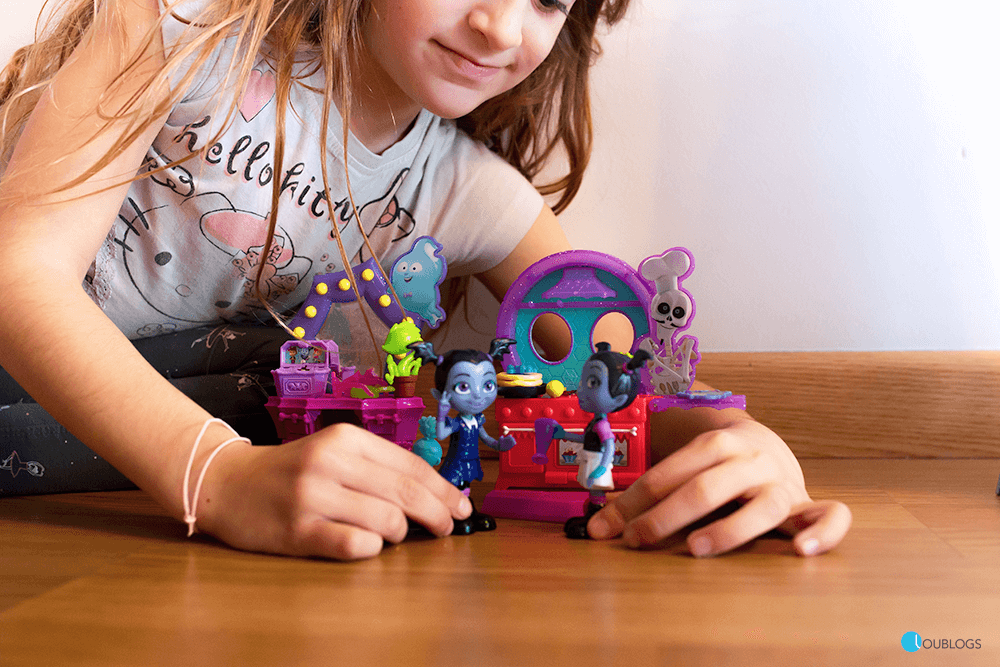 playsets con figuras articuladas Bandai