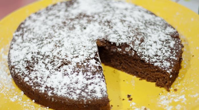 Bizcocho de Chocolate Sin Huevo